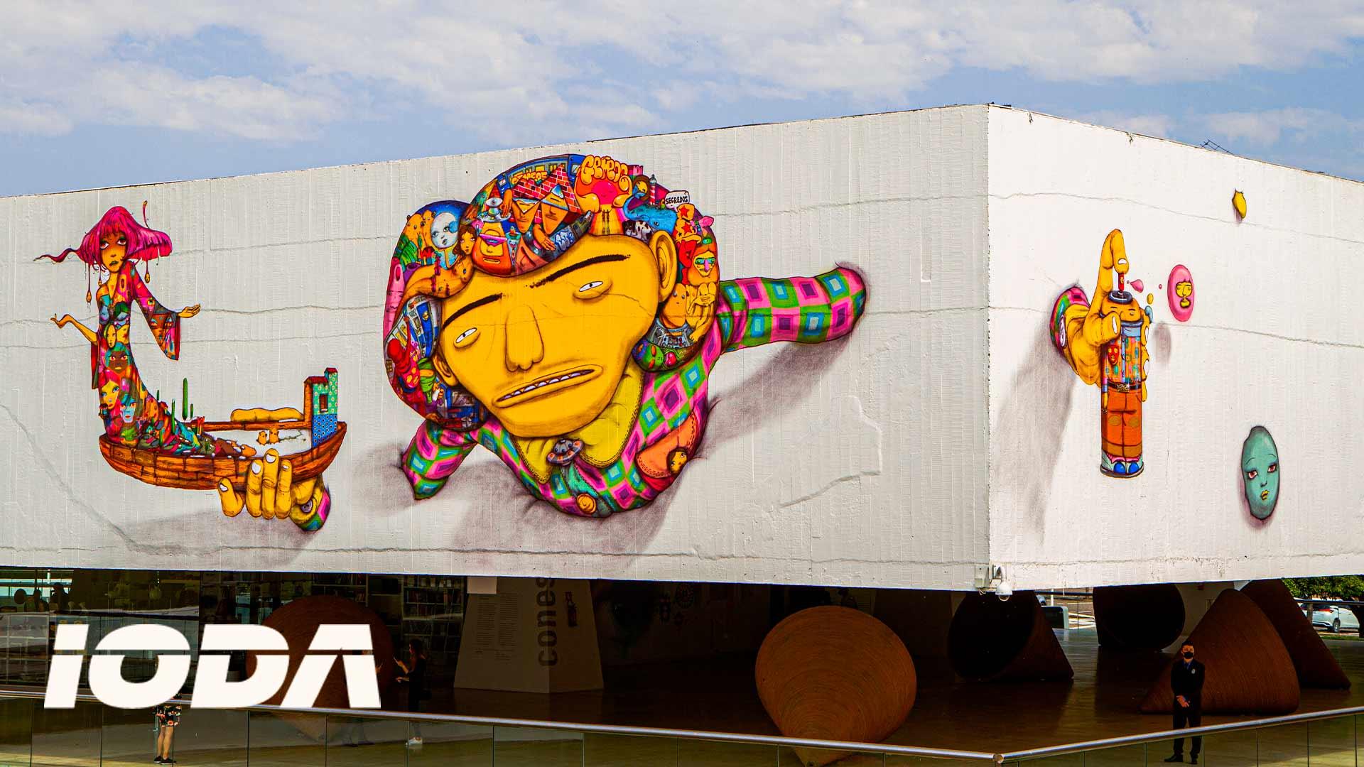 """""""OS GÊMEOS"""", UM GRAFITE E O MUSEU DO OLHO: A POLÊMICA"""
